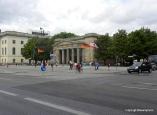 Berlin 077_ShiftN