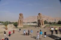 Westufer, vor dem Tal der Könige: Die Memnonkolosse