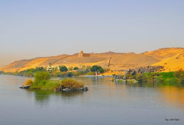 Nil-Landschaft mit kleinem Grabmal und einer kleinen Insel