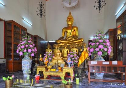 noch ein goldener Buddha