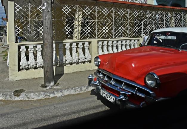 und immer wieder schöne alte Autos