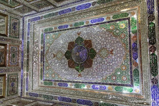 Spiegelmosaik Decke