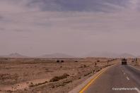 fahrt durch Wüstenlandschaft
