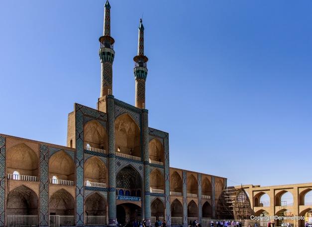 Portal und Minarette der Tekiyeh Amir Chaqmaq[1] in Yazd, Iran (Nationales Denkmal, Reg. No. 403)