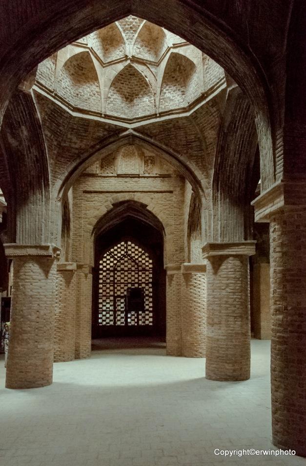 im Acht Säulenpalast