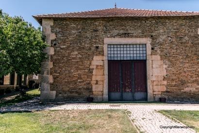 das Tor zum Weinlager