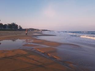 der Strand am Abend