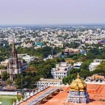 Blick vom Dach auf die Stadt